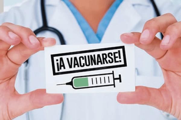 Vacunas y seguros médicos para tu viaje