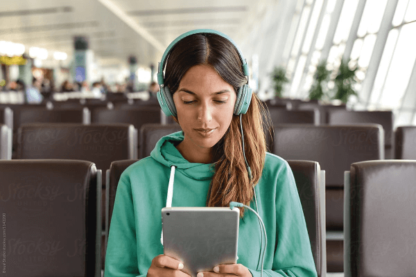 Tips para no aburrirte esperando en un aeropuerto