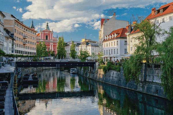 ¡Razones  por las cuales querrás viajar a Eslovenia!